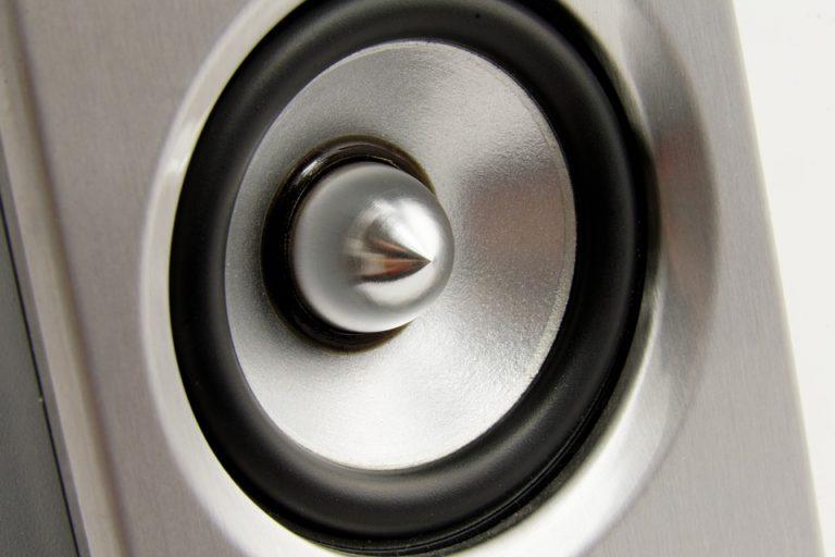 Lautsprecher Reparatur